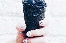 Crni sladoled će biti ljetni hit