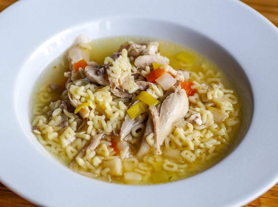 Blagodati pileće juhe u vrijeme COVID-a i prehlada